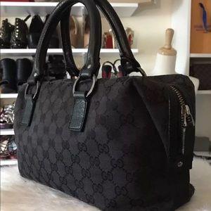 Authentic Gucci GG Supreme Boston Bag